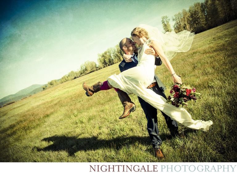 Barn Wedding in Mt. Lassen